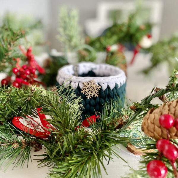 Green Christmas present, gift ideas home decor and kitchen ideas
